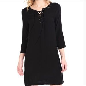 Cupcakes And Cashmere Black Shift Dress Size S